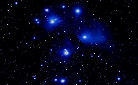wallpaper bintang di angkasa gambar malam indah gambar penuh bintang download gratis