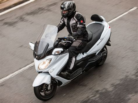 Suzuki Burgman 650 Executive 2014 2014 Suzuki Burgman 650 Executive Abs Review Top Speed