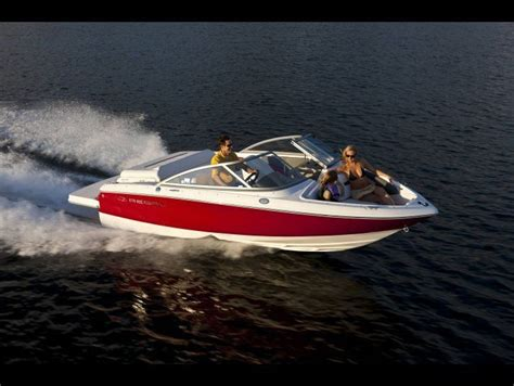 new regal boats uk the 25 best bowrider ideas on pinterest speed boats