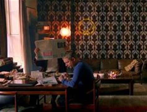 Sherlock Living Room Wallpaper by Sherlock S Living Room Interior Views On 221b Baker Stree