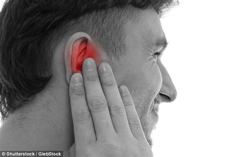 Ear Aches During A Detox by Dr Ellie Cannon Earache On A Plane Daily Mail