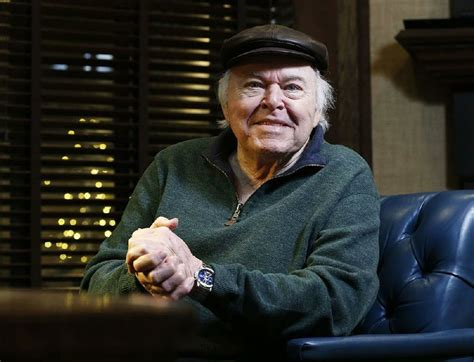 country musics roy clark dies star  guitar virtuoso