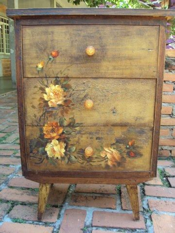 decoupage for furniture 23 furniture ideas and tips decoupage diy decor