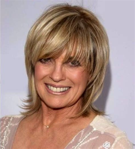feathered hairstyles for mature woman great layered and feathered hairstyle linda gray