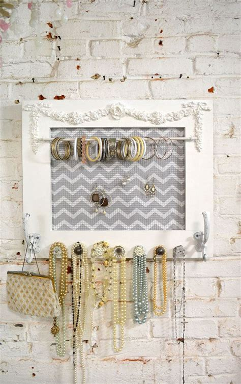 Cottage Jewelry by Best 25 Painted Cottage Ideas On