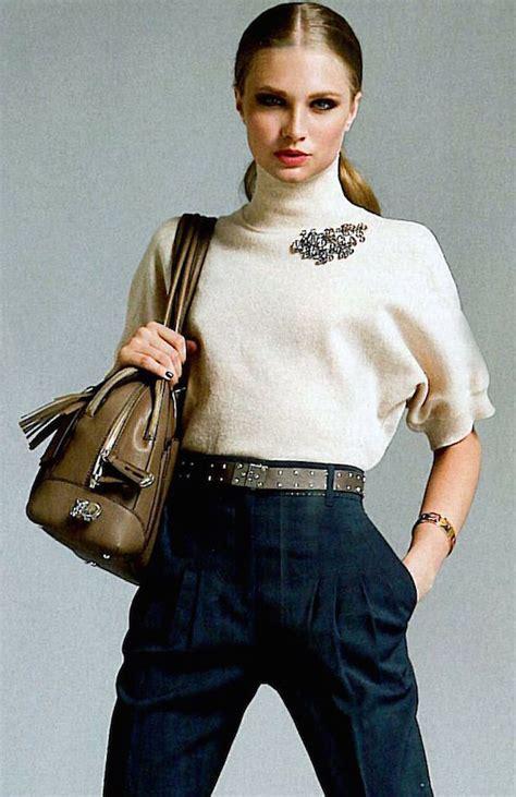 Ways To Wear A Brooch by 15 Ways To Stylishly Wear A Brooch Omg Lifestyle