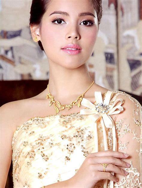 cat thai actress date for 2014 bangkok international motor show autos post