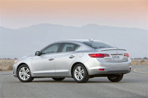 Parent Company Of Acura by 2013 Acura Ilx Tough Acts To Follow Autopolis
