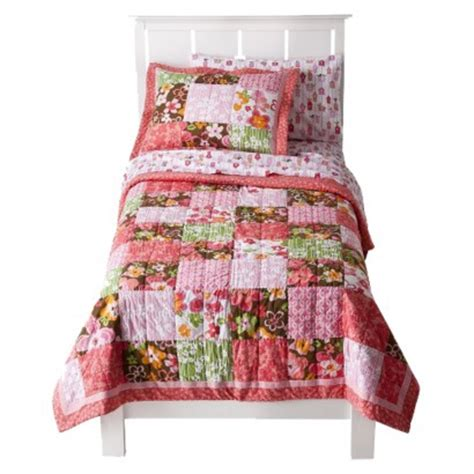 Quilt Set Clearance by Circo Blossom Quilt Set Target Clearance Mommysavers