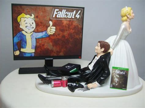 Wedding Cake Toppers Xbox by Fall 4 Wedding Cake Topper Gamer Groom