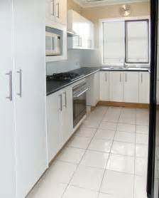 white kitchen flooring ideas floor tile designs kitchen tile designs 2011
