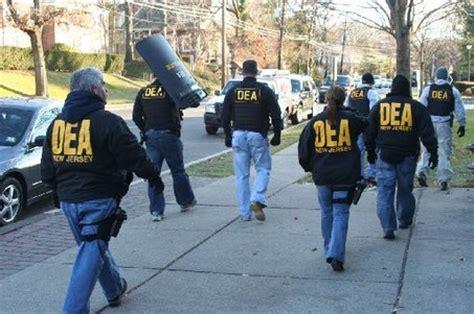 dea targets 23 marijuana dispensaries in
