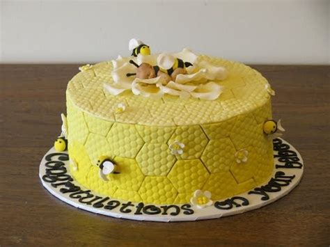 bumble bee baby shower cake tutorial