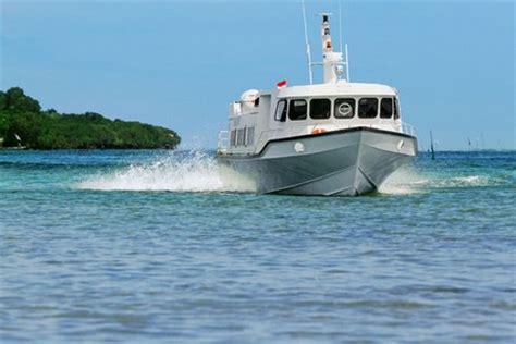 eka jaya fast boat  nusa lembongan  fastest boat