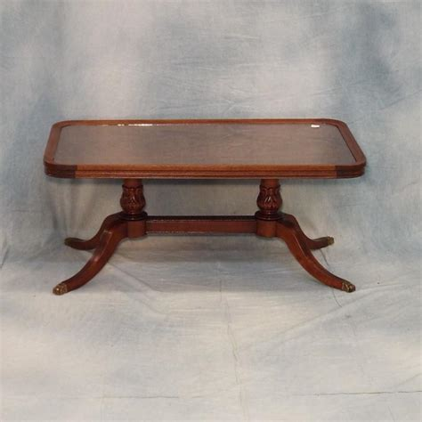 Duncan Phyfe Coffee Table Duncan Phyfe Style Glass Topped Mahogany Coffee Table