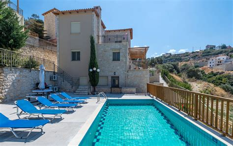 comfort villas facilities of villas comfort in maroulas thehotel gr