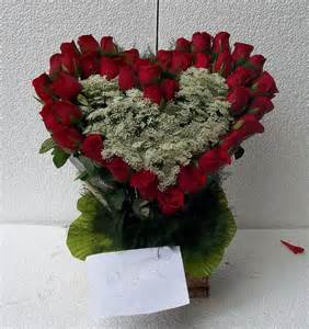 40 Red Roses in Heart Shape for Unconditional Love, Send