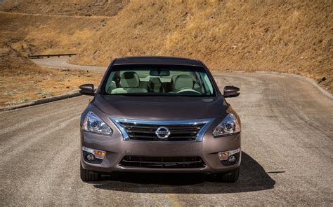 altima nissan 2013 2013 nissan altima reviews and rating motor trend