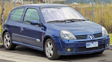 renault clio sport 2004 2004 renault clio ii sport pictures information and