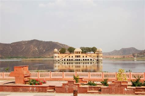 Jal Mahal Wallpapers download   Tourist places in India hd wallpapers, images and sight view.