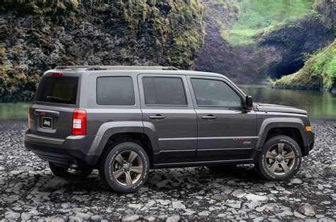 jeep lineup 75th anniversary edition 2016 jeep lineup unveiled photo
