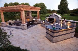 Backyard Kitchen Plans by 13 Dream Outdoor Kitchens For The Ultimate Entertaining