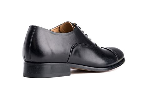 toe cap oxford shoes cap toe oxford shoes in black antique italian leather