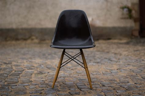stuhl eames charles eames dsw style yellow dsw chair cult furniture