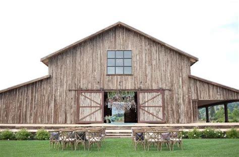 wedding venues usa top wedding barns in the usa 2016