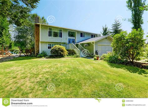 house with a big backyard countryside real estate old big house with large front