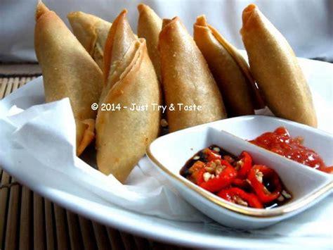 vegetarian samosa  bumbu kari tetap sip markusip