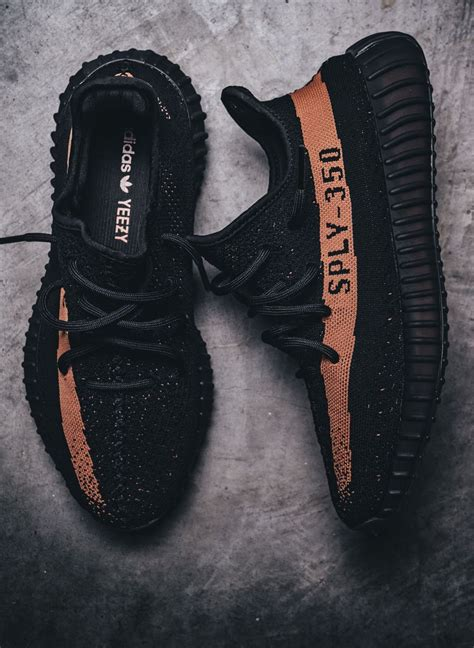 Big Sale Now Adidas Yeezy Sepatu Casual Sneakers Import Murah fashion shoes adidas on yeezy boost yeezy and adidas