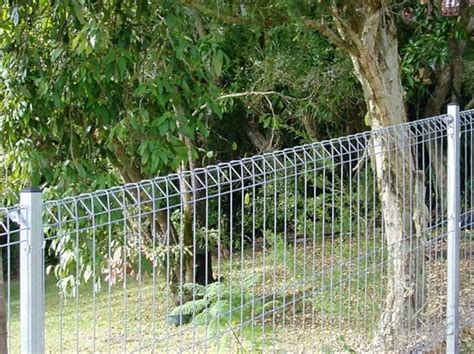 Simple Garden Fence Ideas Easy Garden Fence 15 Budget Beating Garden Fencing Ideas Browzer Regarding For 27 Cheap Diy