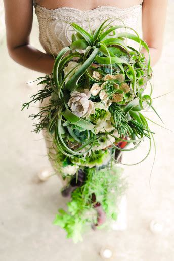Wedding Bouquet Guide by Wedding Flowers The S Guide To Trailing