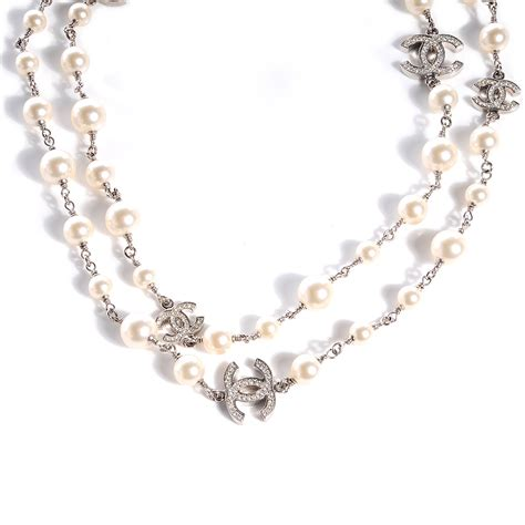 chanel pearl cc necklace silver 74674