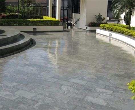 pavimento esterno resina pavimenti in resina una scelta di tendenza