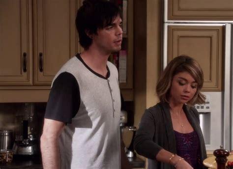 Modern Family Wardrobe by Modern Family Season 7 Episode 4 Fashion Clothing Style