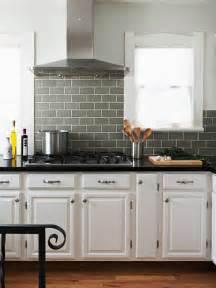 arbeitsplatte küche zuschnitt k 252 che spritzschutz k 252 che gr 252 n spritzschutz k 252 che gr 252 n
