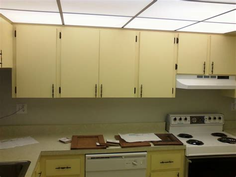 kitchen cabinet refacing lowes refacing kitchen cabinets lowes the clayton design diy