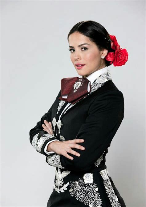 mariachi hairstyles i love her mariachi dress pritty pinterest costumes