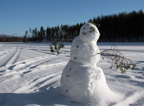 google images snowman file snowman on frozen lake jpg wikimedia commons