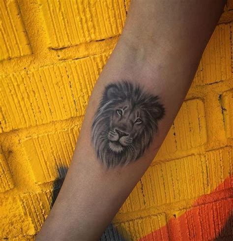 lion small tattoo best 25 small leo ideas on