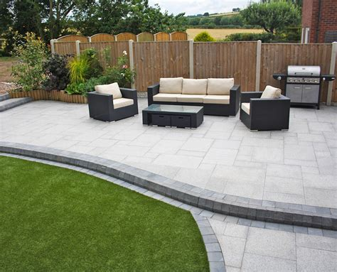 Stunning Modern Patio Birch Granite Paving Contemporary Outdoor Patio Design Pictures