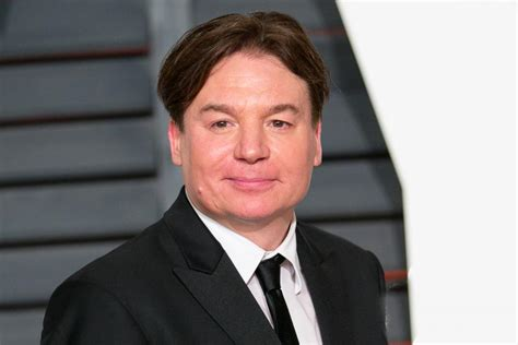 mike myers comedy mike myers to play comedian del close in a new film