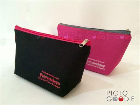 Pouch Kosmetik Plastik Tas Kosmetik Dompet Make Up Kecil dompet kosmetik sablon logo surabaya jakarta pictogoodie