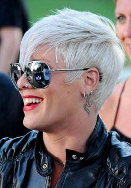 pinks current hairstyle 1000 ideas about singer pink hairstyles on pinterest
