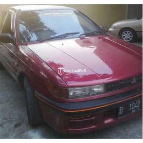 Tv Mobil Lancer mobil mitsubishi lancer dangan tahun 1990 manual warna