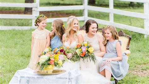 bridesmaids couch scene lemon lime southern wedding inspiration southern bride