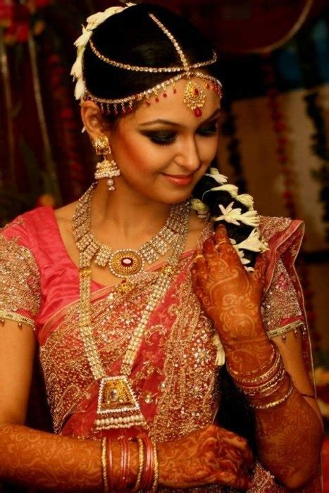 Bengali Bridal Hairstyles Video | 77 best images about south indian bride styles on
