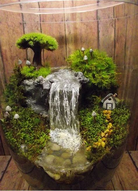 With An E Indoor Garden 25 Adorable Miniature Terrarium Ideas For You To Try Small Water Gardens Miniature Gardens